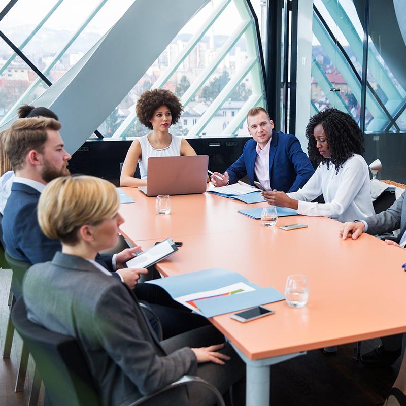 businessMeeting-sq